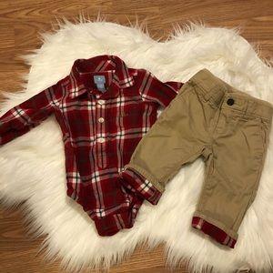GAP Khaki Pants Plaid Shirt Outfit EUC